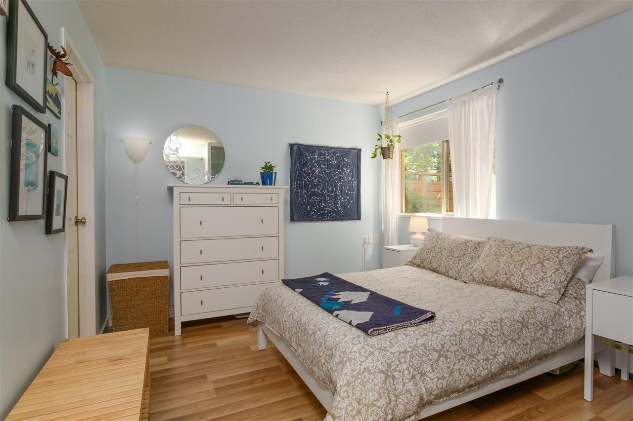 "Photo 15: Photos: 101 2480 W 3RD Avenue in Vancouver: Kitsilano Condo for sale in ""Westvale"" (Vancouver West)  : MLS®# R2405480"