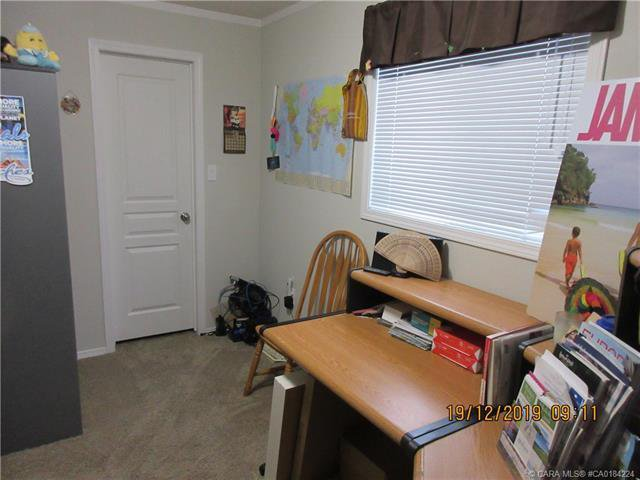 Photo 14: Photos: 9 Manitoba Avenue in Sunnyslope: Residential for sale : MLS®# CA0184224
