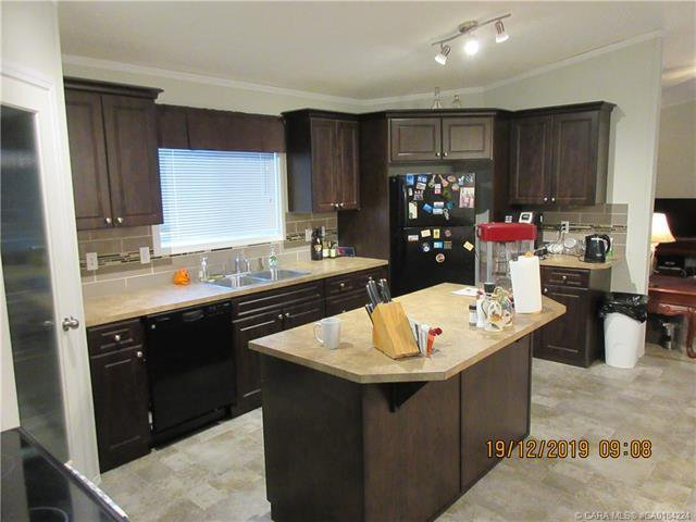 Photo 6: Photos: 9 Manitoba Avenue in Sunnyslope: Residential for sale : MLS®# CA0184224