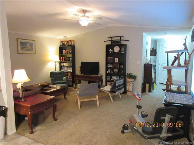 Photo 7: Photos: 9 Manitoba Avenue in Sunnyslope: Residential for sale : MLS®# CA0184224