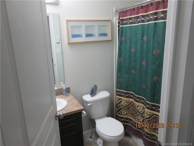 Photo 12: Photos: 9 Manitoba Avenue in Sunnyslope: Residential for sale : MLS®# CA0184224