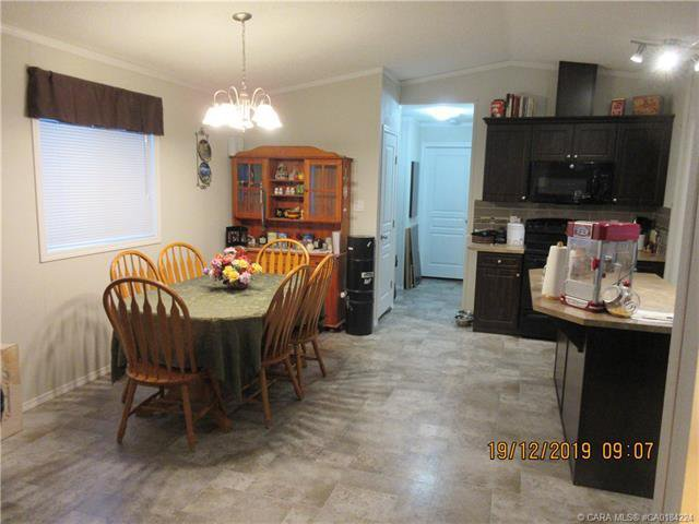 Photo 5: Photos: 9 Manitoba Avenue in Sunnyslope: Residential for sale : MLS®# CA0184224