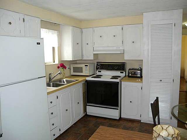 "Photo 4: Photos: 97 9950 WILSON Street in Mission: Stave Falls Manufactured Home for sale in ""RUSKIN PLACE"" : MLS®# F1415221"