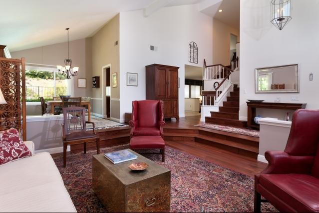 Photo 5: Photos: VISTA House for sale : 4 bedrooms : 1146 Countrywood Lane