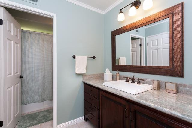 Photo 18: Photos: VISTA House for sale : 4 bedrooms : 1146 Countrywood Lane