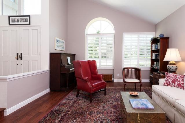 Photo 3: Photos: VISTA House for sale : 4 bedrooms : 1146 Countrywood Lane