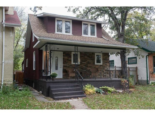 Main Photo: 111 Borebank Street in WINNIPEG: River Heights / Tuxedo / Linden Woods Residential for sale (South Winnipeg)  : MLS®# 1424449