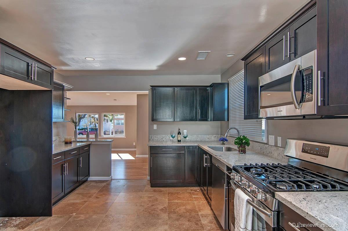Main Photo: LA MESA House for sale : 3 bedrooms : 8716 Dallas Street