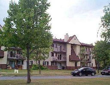 Main Photo: 1211 - 30 Lake Crest in Winnipeg: MB REA for sale : MLS®# 2613500