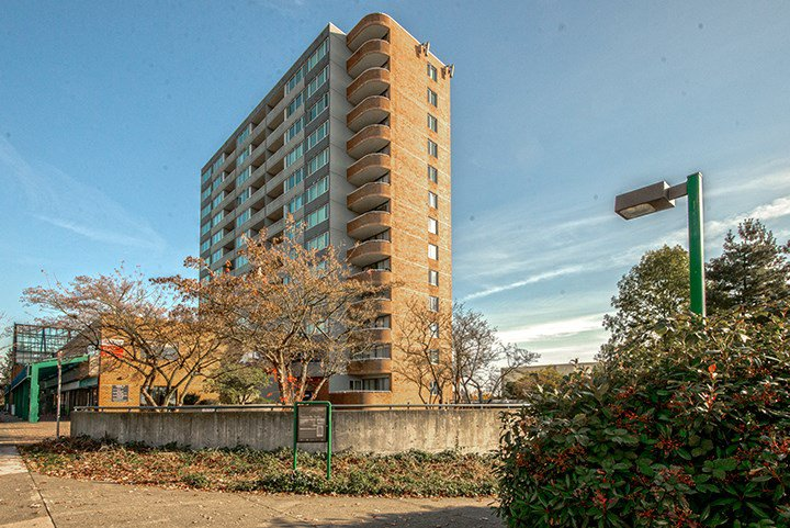 "Main Photo: 1102 3920 HASTINGS Street in Burnaby: Willingdon Heights Condo for sale in ""INGLETON PLACE"" (Burnaby North)  : MLS®# R2012121"