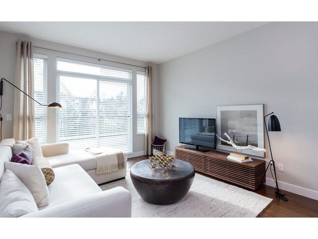 "Photo 4: Photos: 303 15188 29A Avenue in Surrey: King George Corridor Condo for sale in ""South Point Walk"" (South Surrey White Rock)  : MLS®# R2013581"