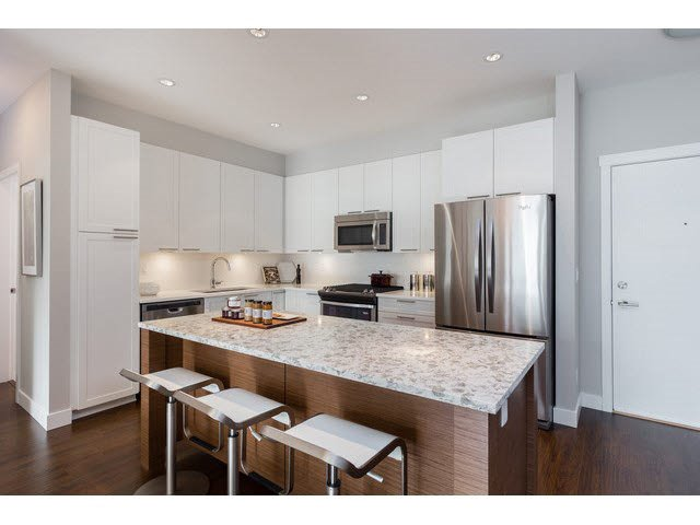 """Photo 9: Photos: 303 15188 29A Avenue in Surrey: King George Corridor Condo for sale in """"South Point Walk"""" (South Surrey White Rock)  : MLS®# R2013581"""