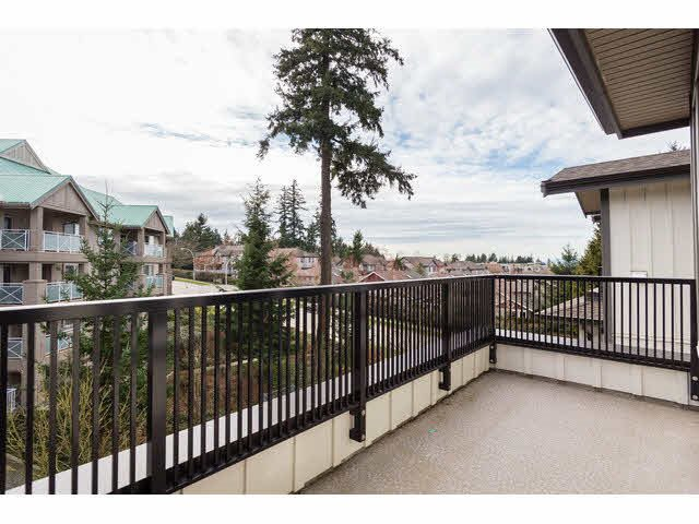 "Photo 16: Photos: 303 15188 29A Avenue in Surrey: King George Corridor Condo for sale in ""South Point Walk"" (South Surrey White Rock)  : MLS®# R2013581"
