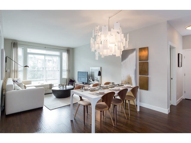 """Photo 3: Photos: 303 15188 29A Avenue in Surrey: King George Corridor Condo for sale in """"South Point Walk"""" (South Surrey White Rock)  : MLS®# R2013581"""