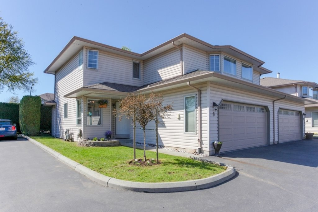 Main Photo: 8 12268 189A Street in Pitt Meadows: Central Meadows Townhouse for sale : MLS®# R2158796