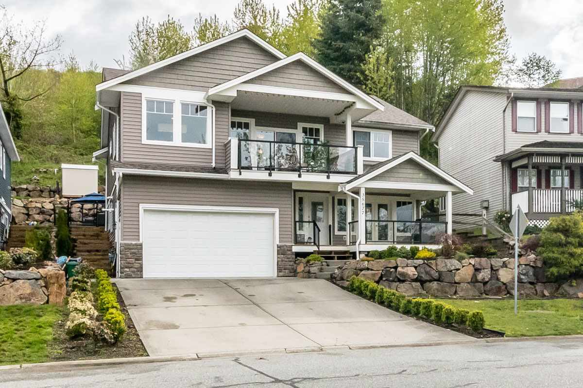 Main Photo: 35677 TIMBERLANE Drive in Abbotsford: Abbotsford East House for sale : MLS®# R2159547