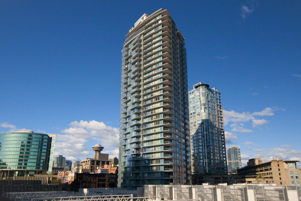 """Main Photo: 1106 188 KEEFER Place in Vancouver: Downtown VW Condo for sale in """"ESPANA"""" (Vancouver West)  : MLS®# R2215707"""