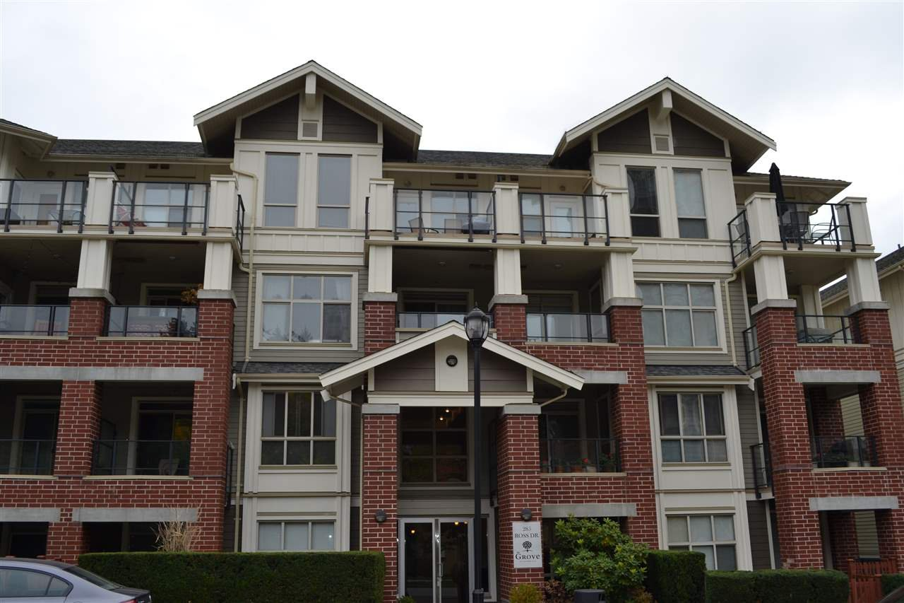 """Main Photo: 109 285 ROSS Drive in New Westminster: Fraserview NW Condo for sale in """"THE GROVE AT VICTORIA HILL"""" : MLS®# R2217113"""