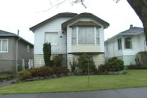 Main Photo: 1146 GARDEN Drive in Vancouver: Grandview VE House for sale (Vancouver East)  : MLS®# R2229315