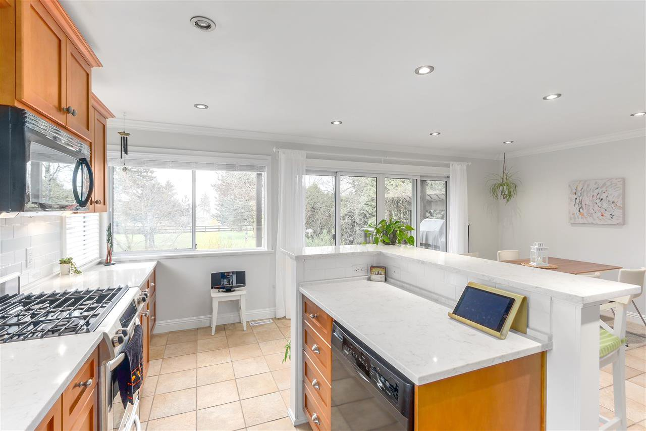 """Main Photo: 18118 CLAYTONWOOD Crescent in Surrey: Cloverdale BC House for sale in """"CLAYTONWOOD"""" (Cloverdale)  : MLS®# R2276880"""