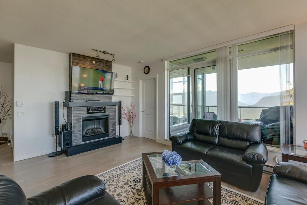 """Photo 8: Photos: 1103 9188 UNIVERSITY Crescent in Burnaby: Simon Fraser Univer. Condo for sale in """"ALTAIRE"""" (Burnaby North)  : MLS®# R2288582"""