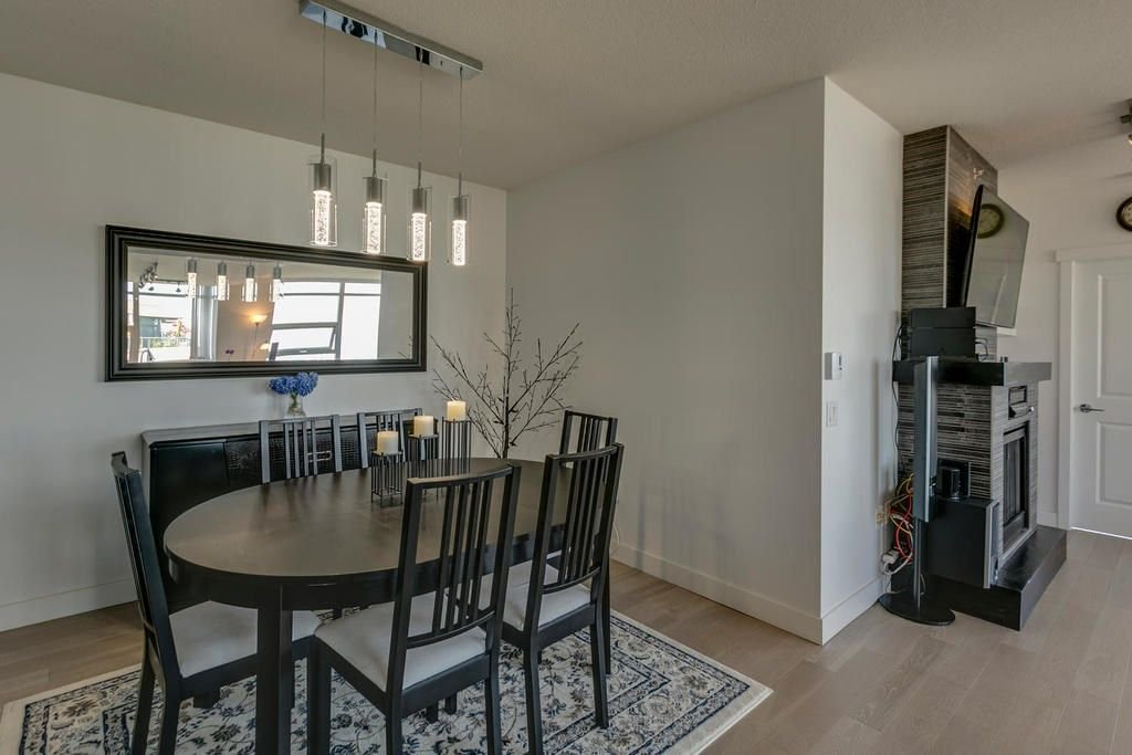 """Photo 12: Photos: 1103 9188 UNIVERSITY Crescent in Burnaby: Simon Fraser Univer. Condo for sale in """"ALTAIRE"""" (Burnaby North)  : MLS®# R2288582"""
