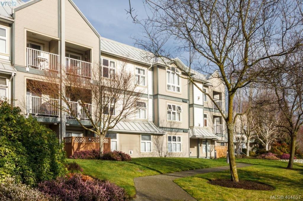 Main Photo: 210 3008 Washington Ave in VICTORIA: Vi Burnside Condo Apartment for sale (Victoria)  : MLS®# 804493