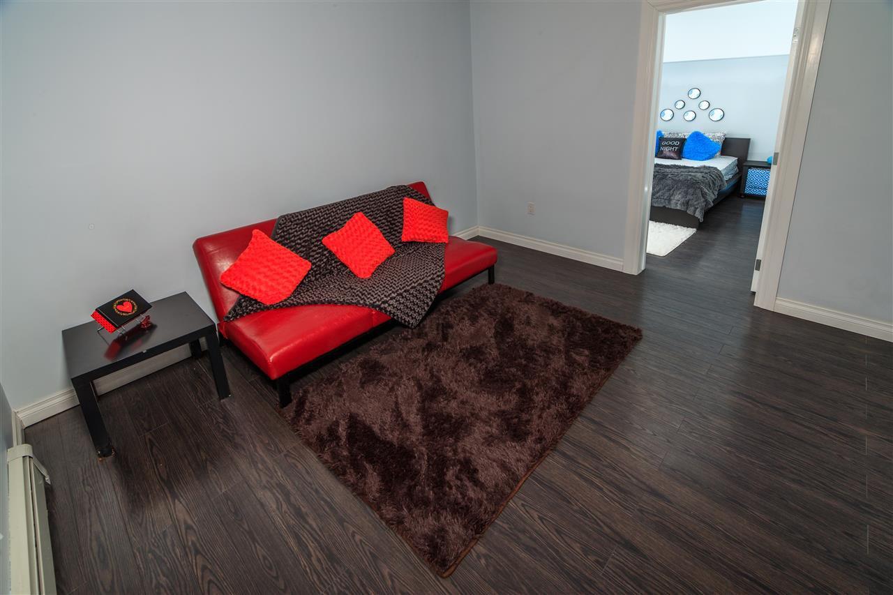 Main Photo: 1 10720 85 Avenue in Edmonton: Zone 15 Condo for sale : MLS®# E4143232