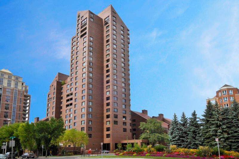 Main Photo: 1702A 500 EAU CLAIRE Avenue SW in Calgary: Eau Claire Apartment for sale : MLS®# C4242368
