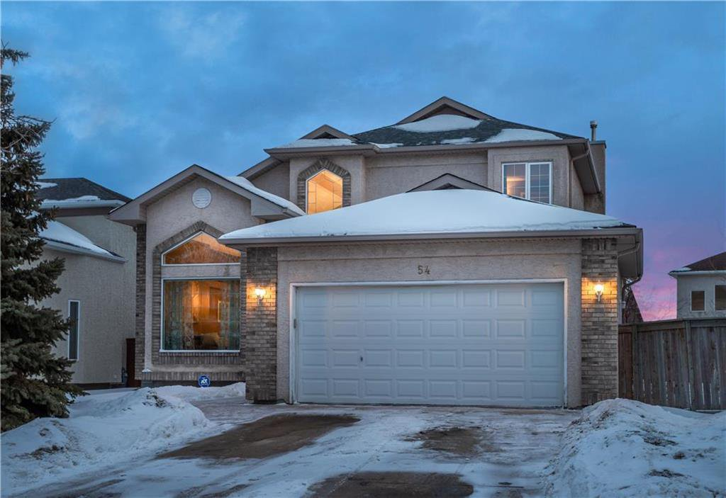 Main Photo: 54 Caldwell Crescent in Winnipeg: Whyte Ridge Residential for sale (1P)  : MLS®# 202004817