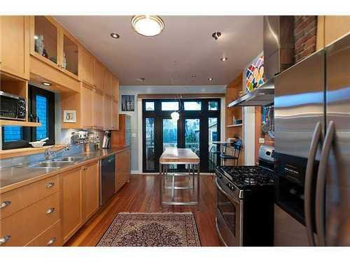 Photo 4: Photos: 3256 2ND Ave W in Vancouver West: Kitsilano Home for sale ()  : MLS®# V934063