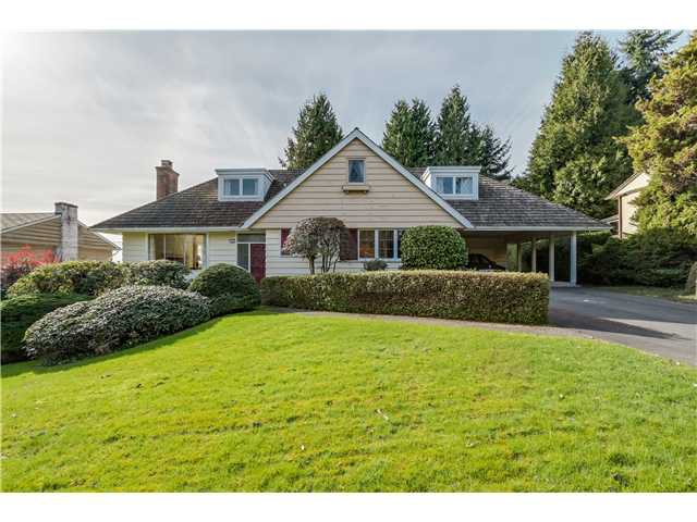 Main Photo: 1813 ST. DENIS Road in West Vancouver: Ambleside House for sale : MLS®# V1108896