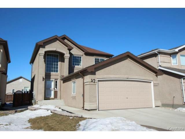 Main Photo: 27 Nevens Bay in WINNIPEG: Transcona Residential for sale (North East Winnipeg)  : MLS®# 1505127