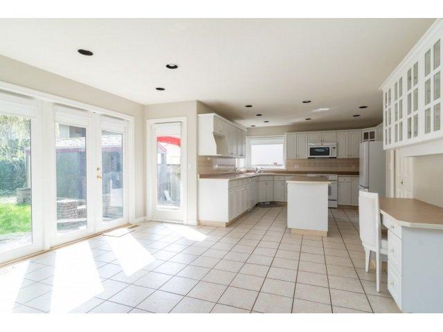 Photo 9: Photos: 20534 122B Avenue in Maple Ridge: Northwest Maple Ridge House for sale : MLS®# R2049601