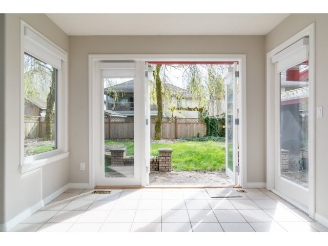 Photo 10: Photos: 20534 122B Avenue in Maple Ridge: Northwest Maple Ridge House for sale : MLS®# R2049601