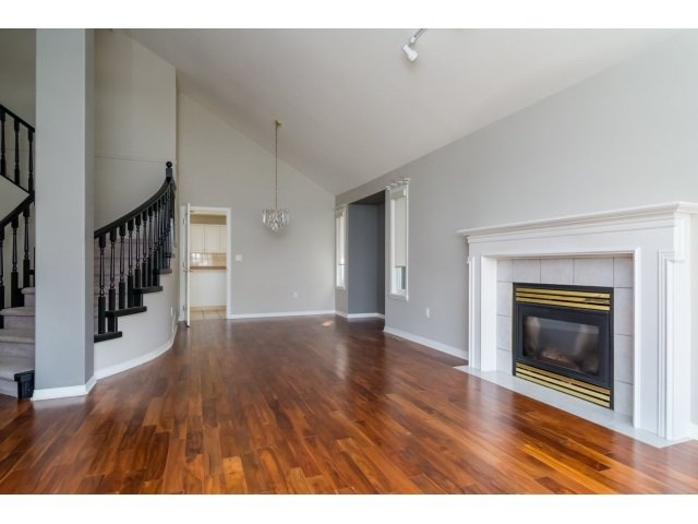 Photo 4: Photos: 20534 122B Avenue in Maple Ridge: Northwest Maple Ridge House for sale : MLS®# R2049601