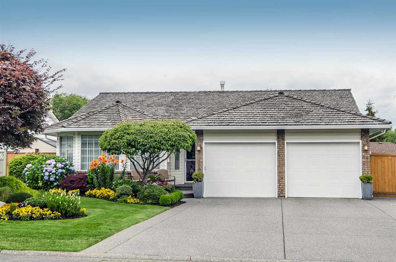Main Photo: 16415 11A Avenue in Surrey: King George Corridor House for sale (South Surrey White Rock)  : MLS®# R2105104