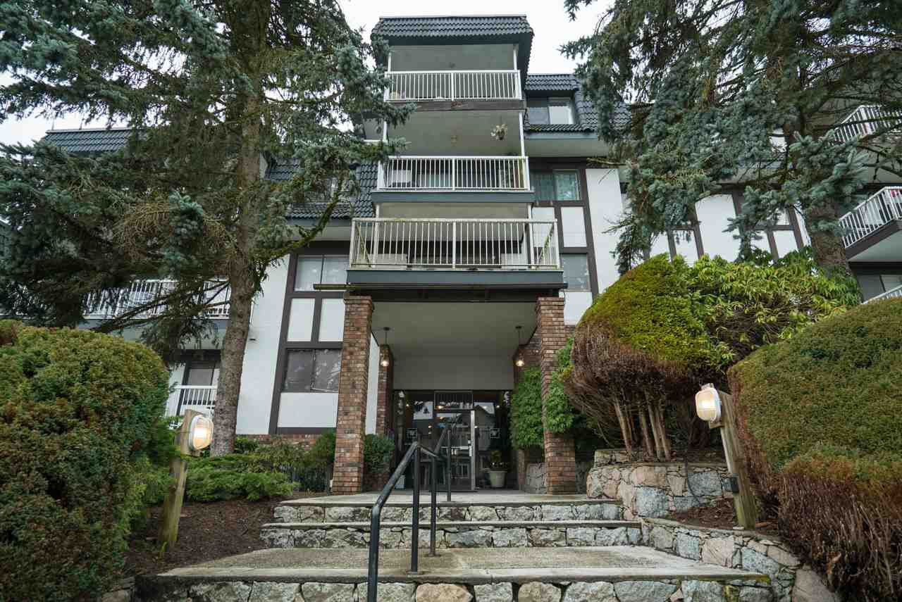 "Main Photo: 107 371 ELLESMERE Avenue in Burnaby: Capitol Hill BN Condo for sale in ""WESTCLIFF ARMS"" (Burnaby North)  : MLS®# R2196946"