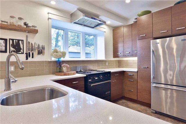 Photo 5: Photos: 135 Hastings Avenue in Toronto: South Riverdale House (2-Storey) for sale (Toronto E01)  : MLS®# E3924527