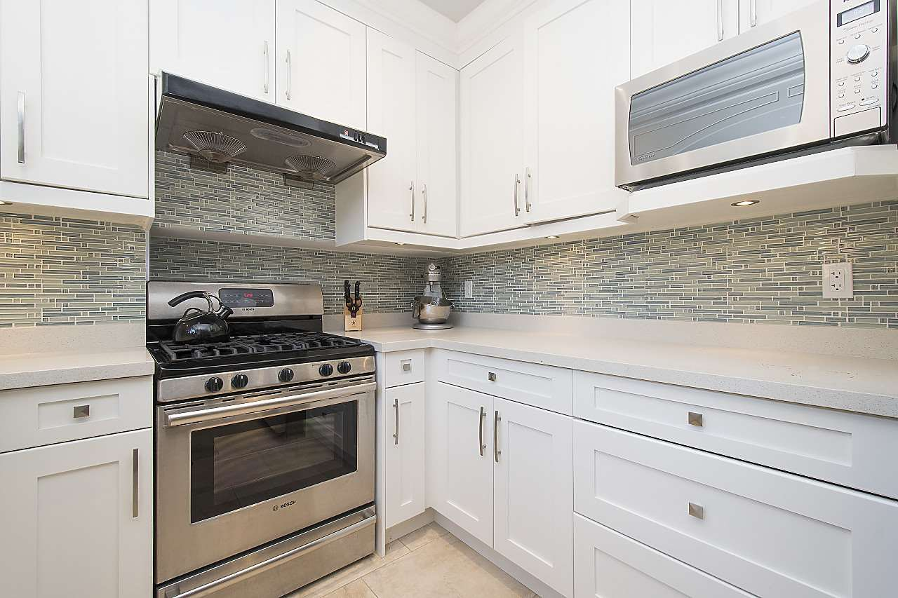 Photo 9: Photos: 1172 E KING EDWARD Avenue in Vancouver: Knight Townhouse for sale (Vancouver East)  : MLS®# R2207116