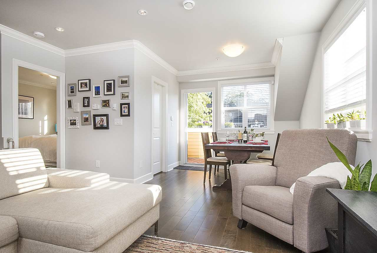 Photo 5: Photos: 1172 E KING EDWARD Avenue in Vancouver: Knight Townhouse for sale (Vancouver East)  : MLS®# R2207116