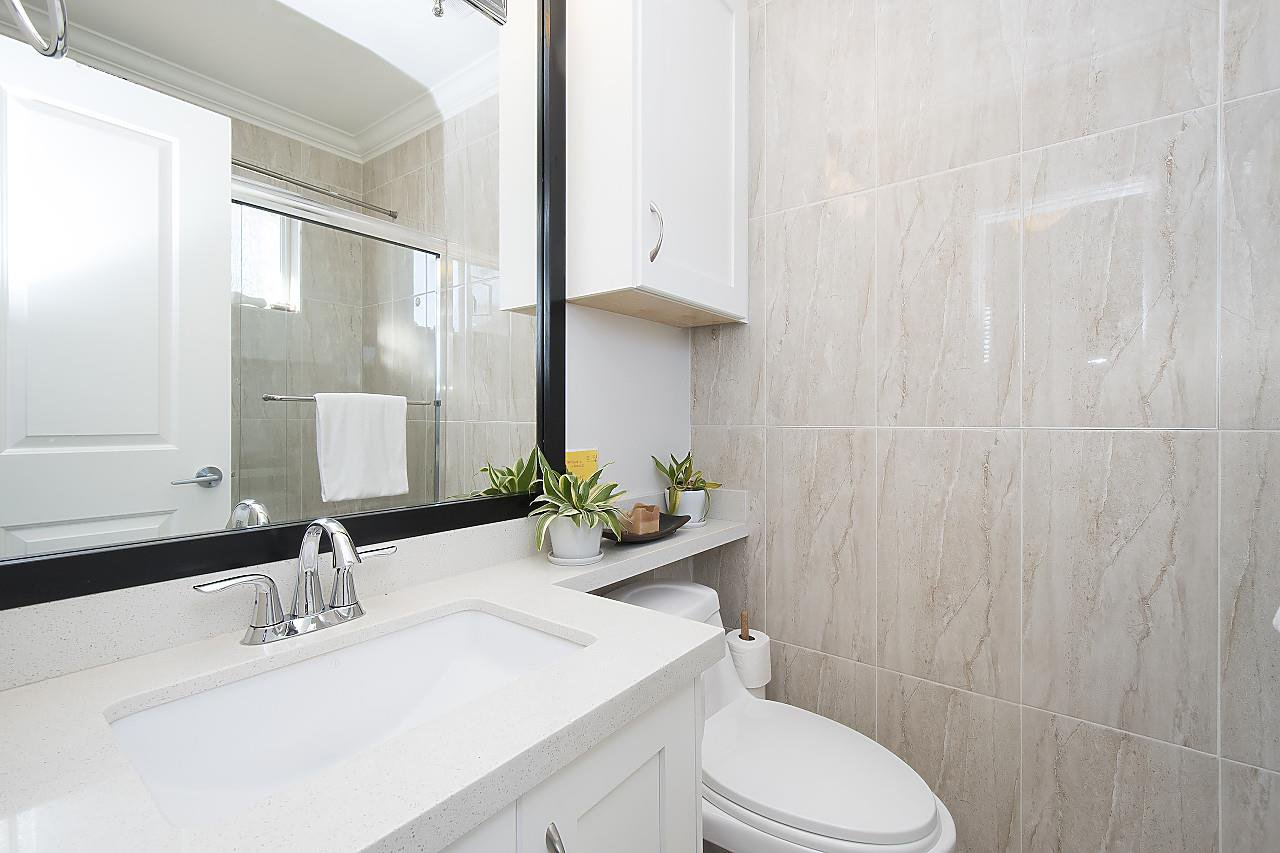 Photo 11: Photos: 1172 E KING EDWARD Avenue in Vancouver: Knight Townhouse for sale (Vancouver East)  : MLS®# R2207116