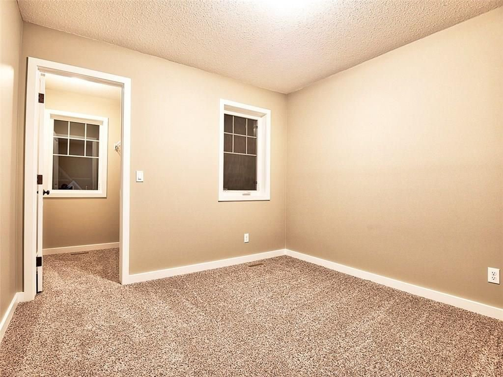Photo 16: Photos: 318 Bayside Crescent: Airdrie House for sale : MLS®# C4138555