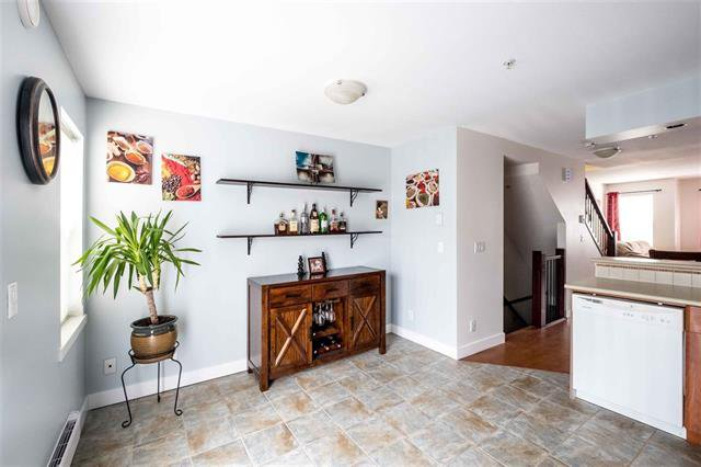 Photo 6: Photos: #2 6415 197 Street in Langley: Willoughby Heights Townhouse for sale : MLS®# R2239981