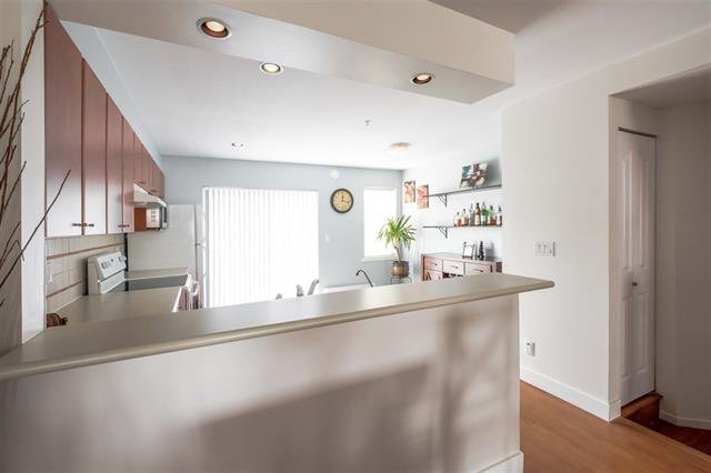 Photo 7: Photos: #2 6415 197 Street in Langley: Willoughby Heights Townhouse for sale : MLS®# R2239981