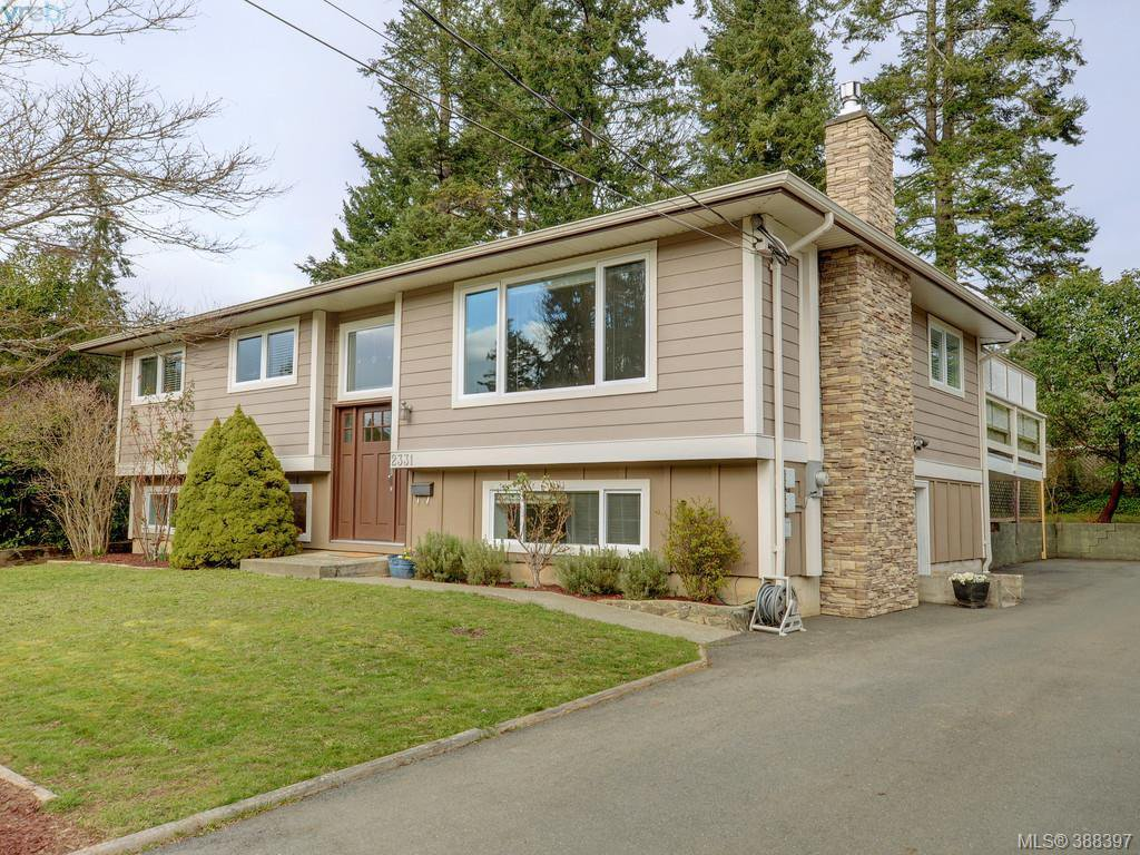 Main Photo: 2331 Bellamy Rd in VICTORIA: La Thetis Heights House for sale (Langford)  : MLS®# 780535
