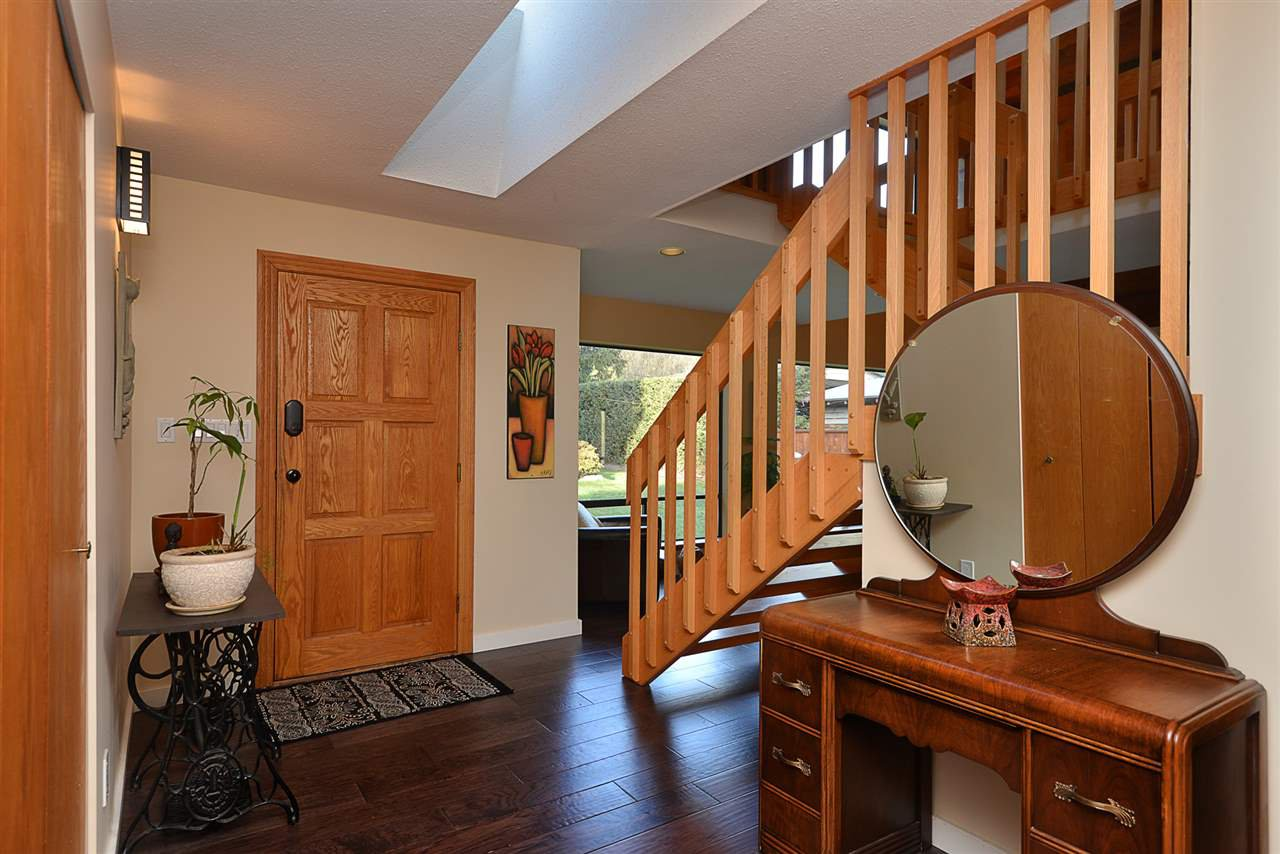 Photo 12: Photos: 7977 SOUTHWOOD Road in Halfmoon Bay: Halfmn Bay Secret Cv Redroofs House for sale (Sunshine Coast)  : MLS®# R2246763