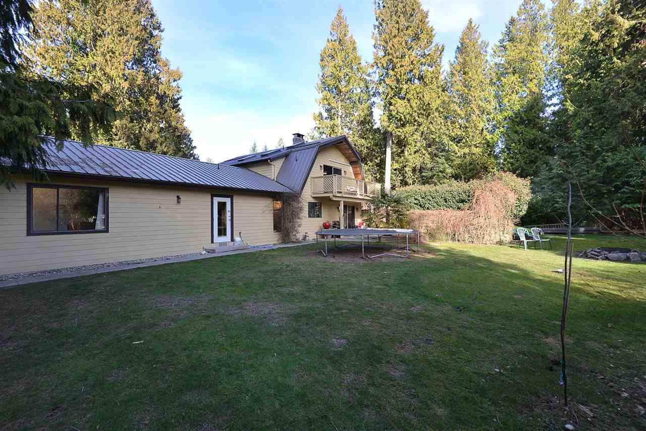 Photo 16: Photos: 7977 SOUTHWOOD Road in Halfmoon Bay: Halfmn Bay Secret Cv Redroofs House for sale (Sunshine Coast)  : MLS®# R2246763