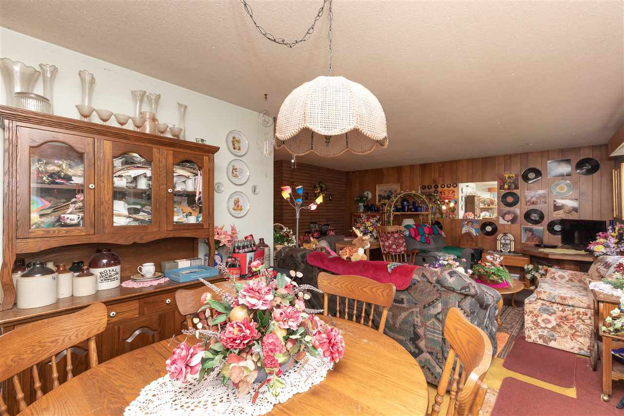 Photo 6: Photos: 32276 PEARDONVILLE Road in Abbotsford: Abbotsford West House for sale : MLS®# R2357067