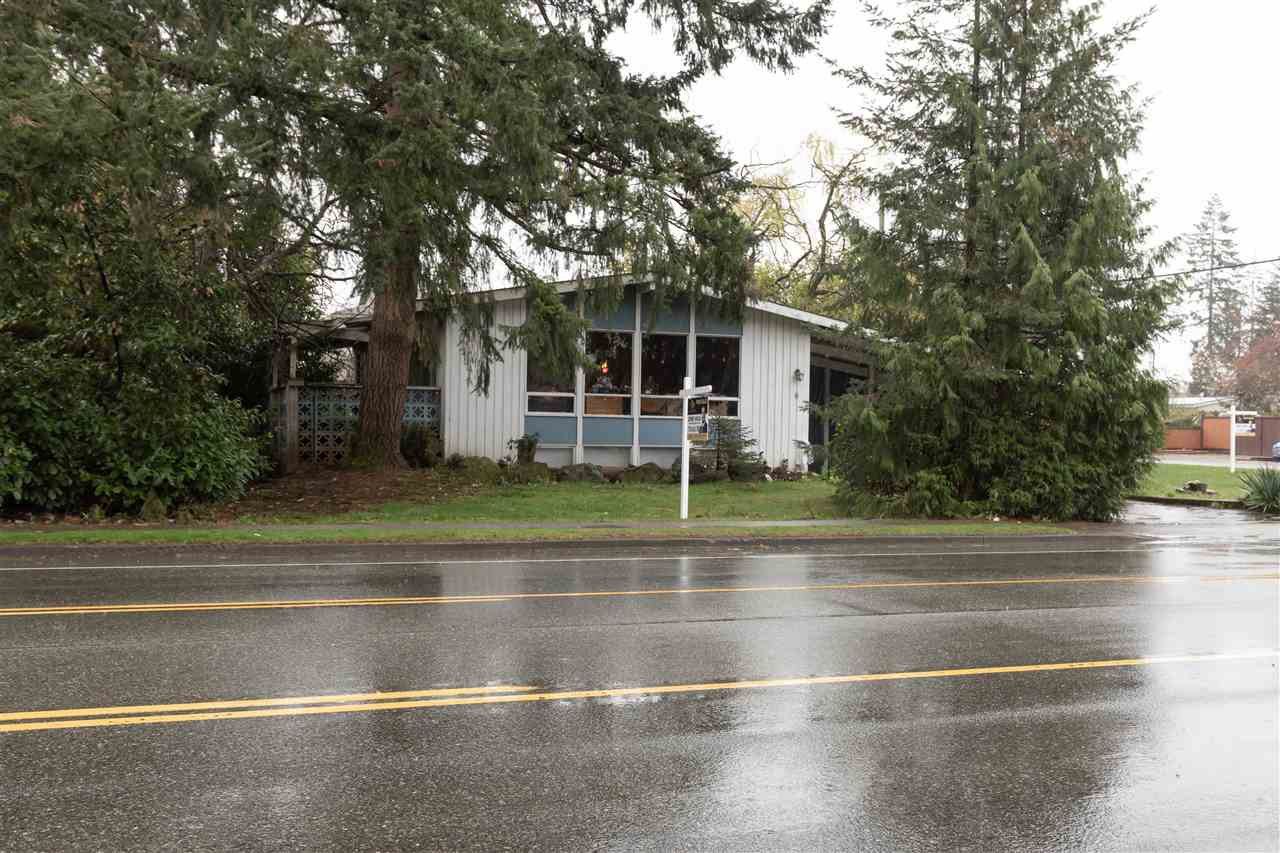 Photo 1: Photos: 32276 PEARDONVILLE Road in Abbotsford: Abbotsford West House for sale : MLS®# R2357067